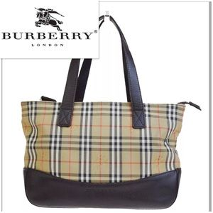 ab654dacbba Burberry Bags - 🔥Sale🔥 👜 Burberry London Check Tote Canvas